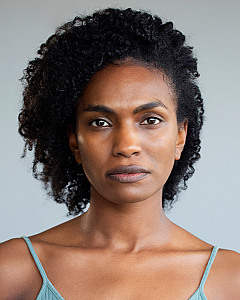 ISAURA BARBE-BROWN by London Headshots