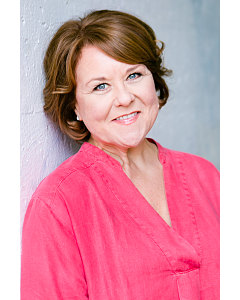 WENDI PETERS by Sue Lacey