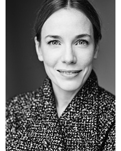 LAURA MAIN by Ruth Crafer