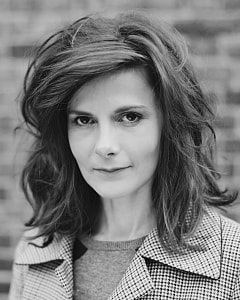 LOUISE BREALEY by Jenny Smith