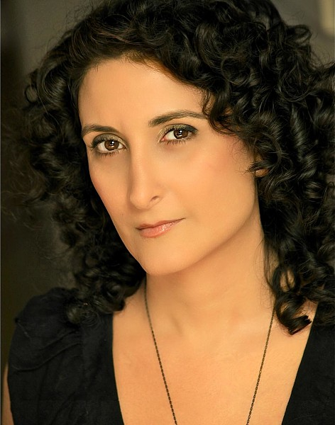 Tamina Davar - click for Spotlight page