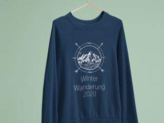 Pullover mit selbstgestalteten Winter Design