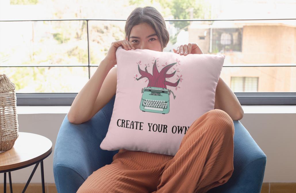 girl_with_custom_pillow
