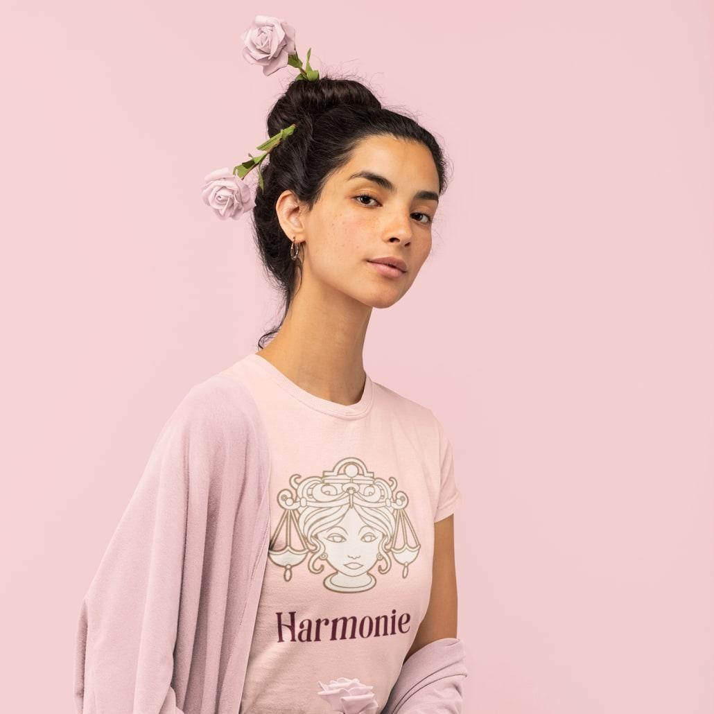 #Frau_mit_Sternzeichen_Waage_T-Shirt