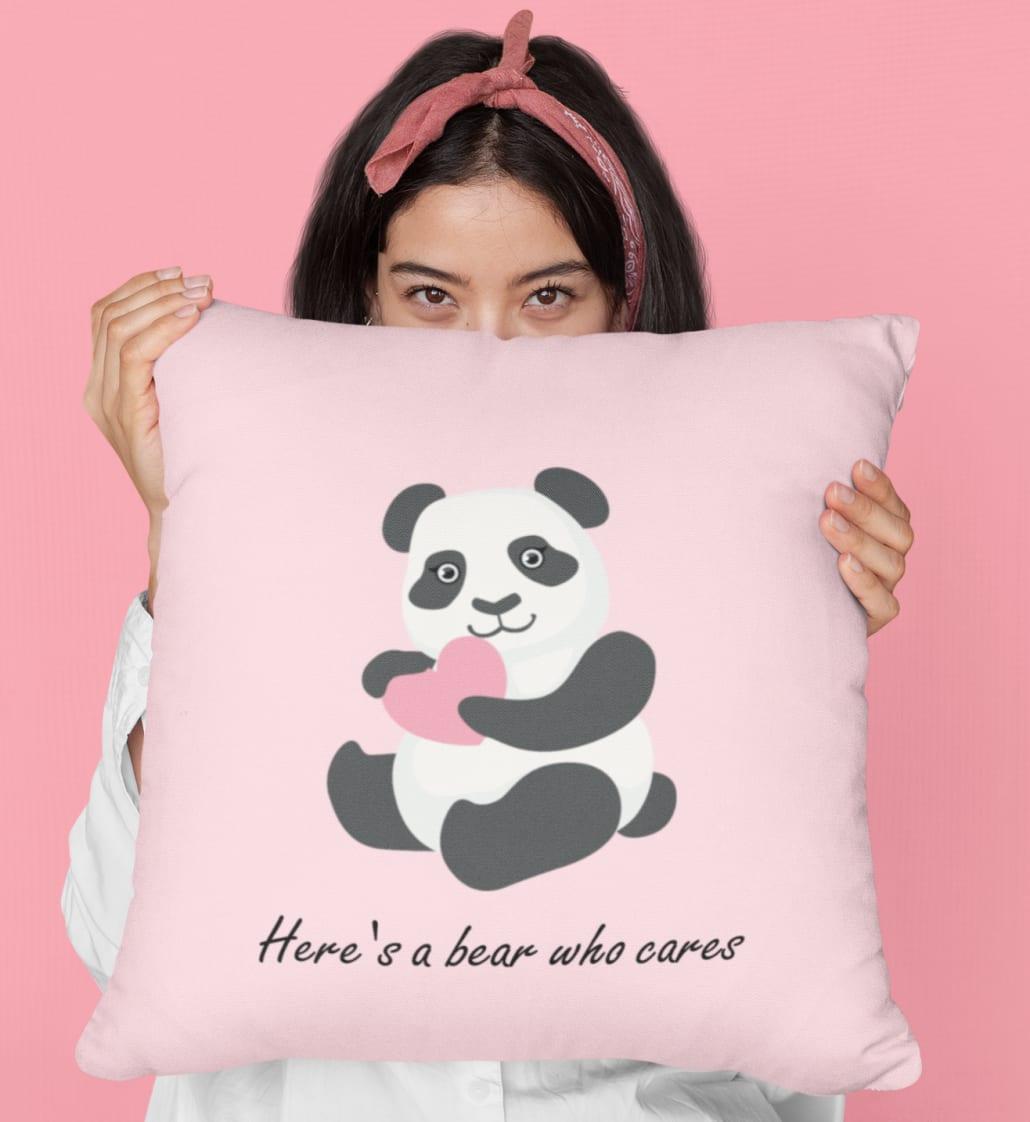 #Frau_mit_Panda_Kissen