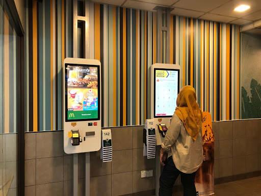AI powers fast food kiosk