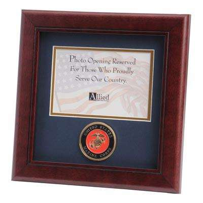 U.S. Marine Corps Medallion 4-Inch by 6-Inch Landscape Picture Frame
