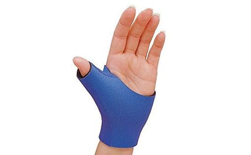 Neoprene Thumb Support Pull-On