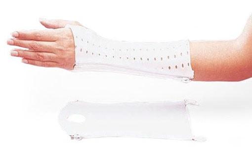 Plâtres et supports pour fracture