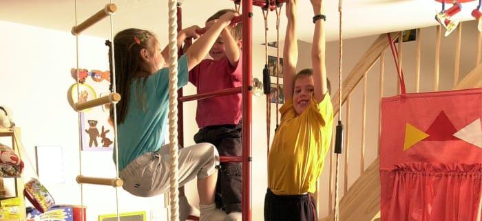 Indoor Spiel-, Turn- und Sportgeräte für Kinder