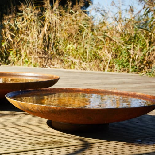 Curved Waterbowl Water Feature