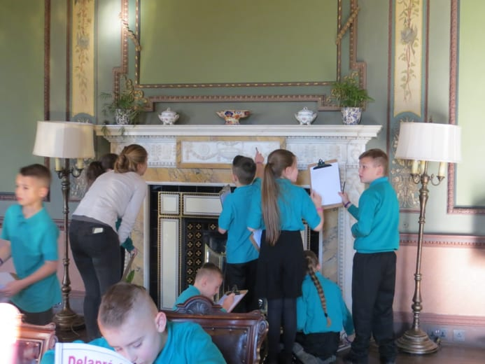 Queen Eleanor Primary Academy pupils at Delapre Abbey