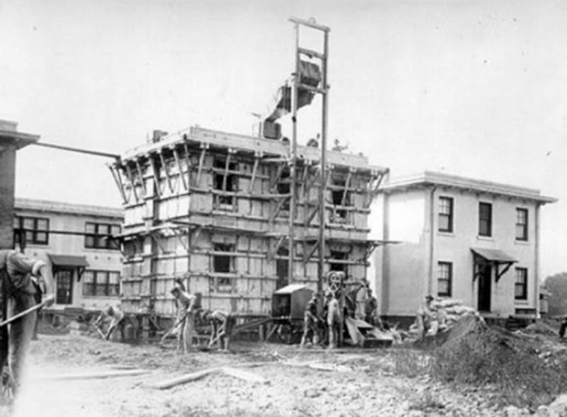 A house being poured at Montclair, New Jersey: US National Park Service