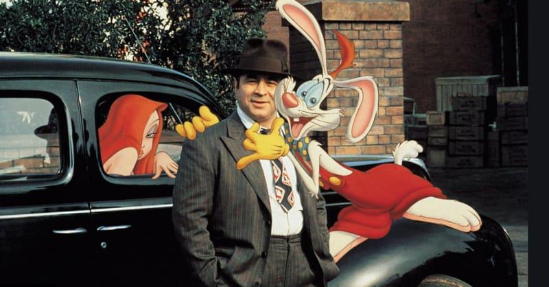 Eddie Valiant (Bob Hoskins), Roger Rabbit and Roger's wife Jessica