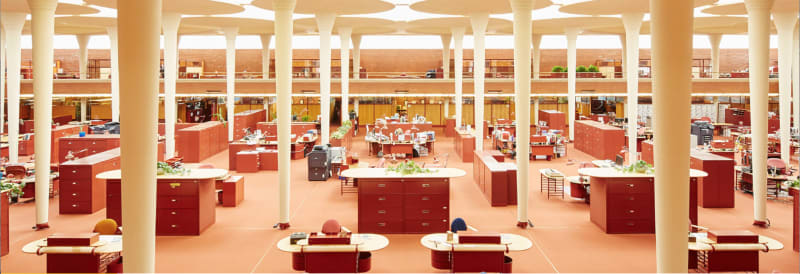 The Great Workroom in the Administration Building of the S C Johnson Company in Racine, Wisconsin, designed by Frank Lloyd Wright: photo S C Johnson Company