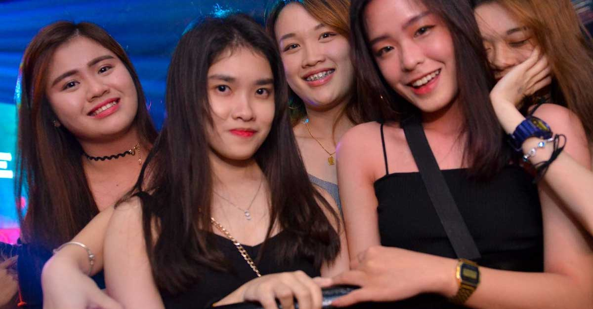 5 Wisata Dunia Malam Versi Outdoor Di Filipina