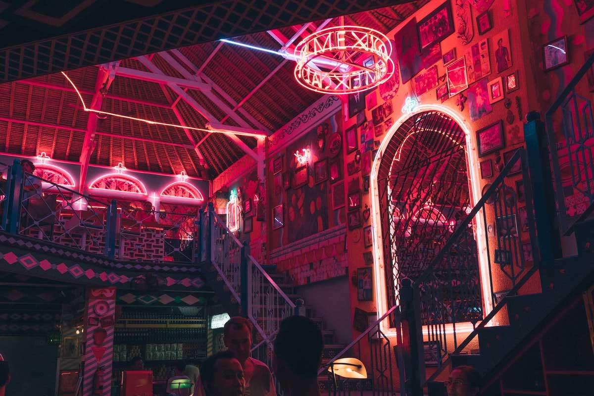 Gaya Hidup Malam Bali Pesta dan Club di Seminyak