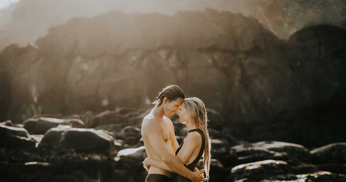 Mencintai Pasangan Terlalu Berlebihan, Bisa Disebut Hubungan Tak Sehat?