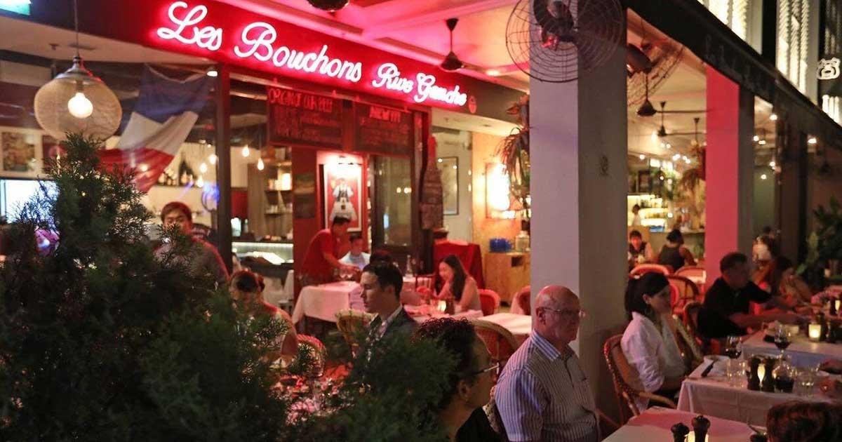 Best Restaurant for romantic dinner in singapore - Les Bouchons / Ann Siang