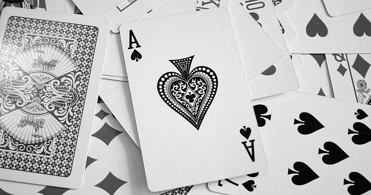permainan judi kartu bola tangkas online