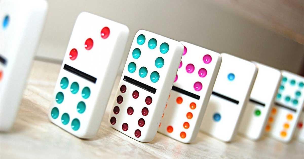 Apa itu judi kartu DominoQQ dan bagaimana cara bermainnya
