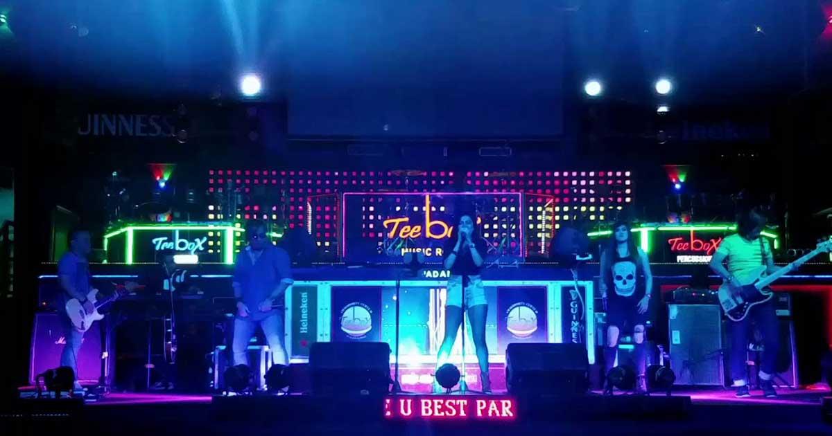 Tee Box Community Music Bar Padang