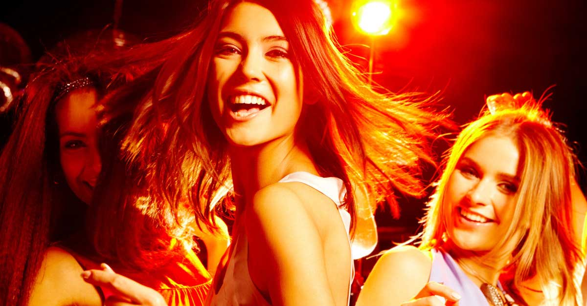 5 Alasan Wanita Suka Pergi Ke Club Malam