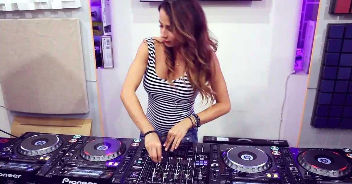 Gallery: DJ Juicy M Yang Paling Hot