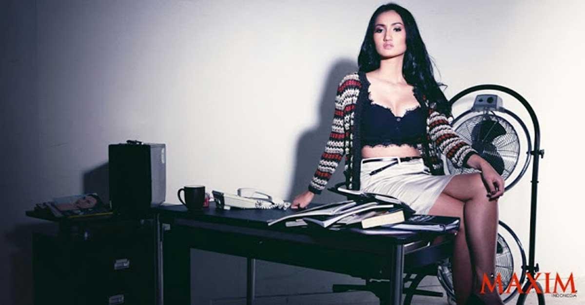 DJ Tengku Dewi Sylvia Putri Berbakat Dan Cantik Mempesona