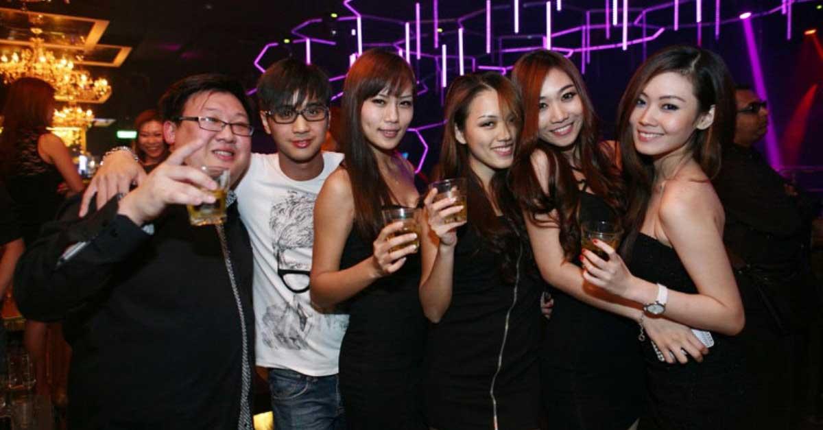 Fakta Profesi Bartender Di Tempat Hiburan Malam