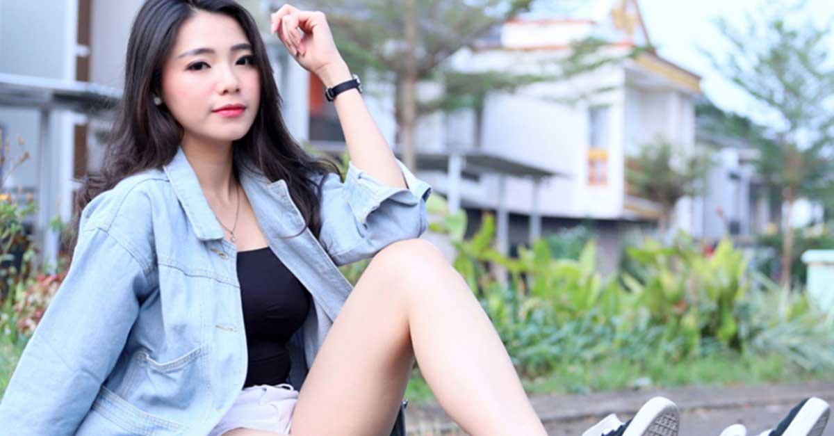 Foto Model Lula Raihan, Host Streaming HalloStar Cantik Bak Bidadari