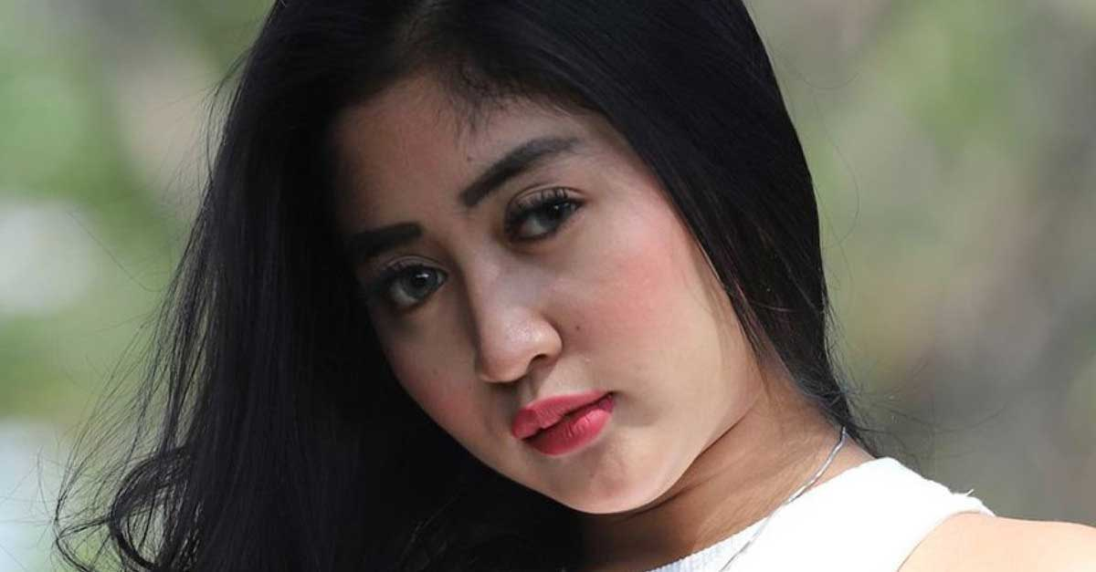 Gallery: DJ Queen Caroline Pemilik Tubuh Indah Dan Gemulai