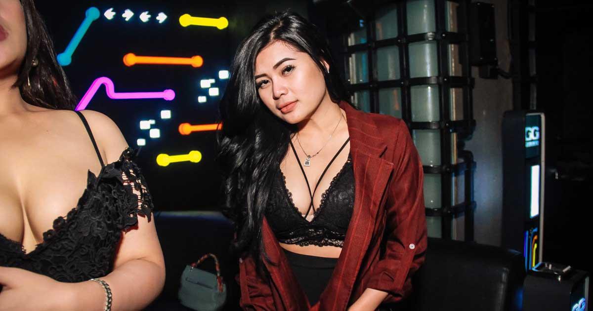 Wanita Malam Semarang yang seksi