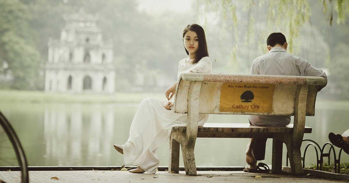 Ciri-ciri atau tanda jika pasangan anda selingkuh