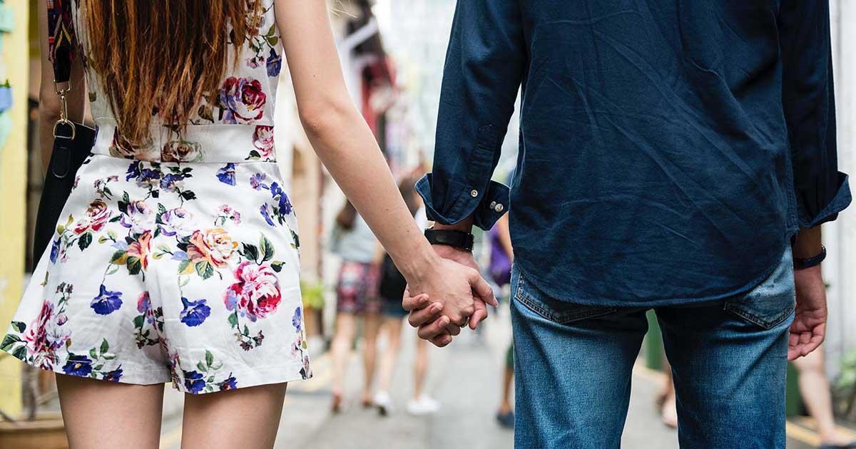 Cara aman melakukan kencan online