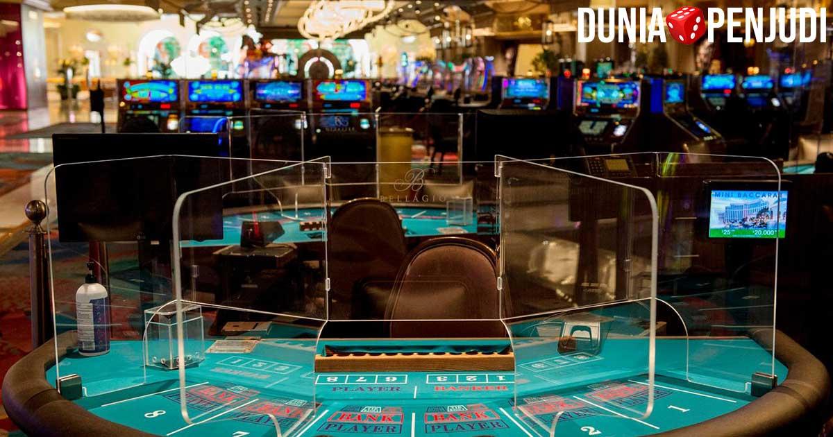 Situs Judi Online vs Casino Darat