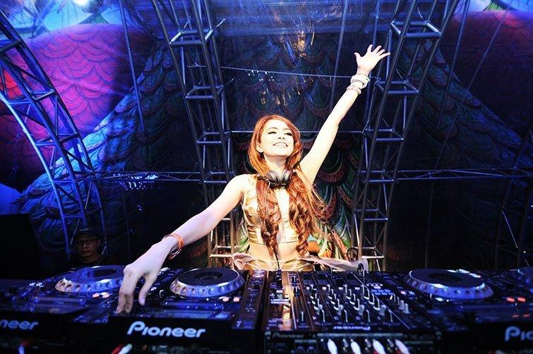 DJ Yasmin