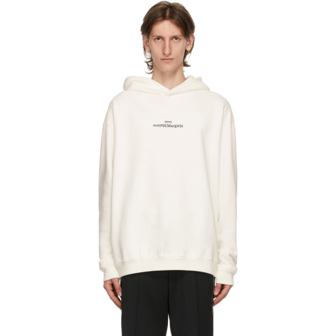Maison Margiela Flipped-logo Print Hoodie In 101 Offwhit