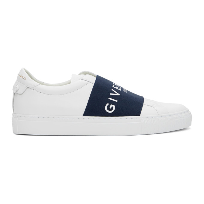 Givenchy Urban Street Logo Strap Sneakers In 116 Wht/blk