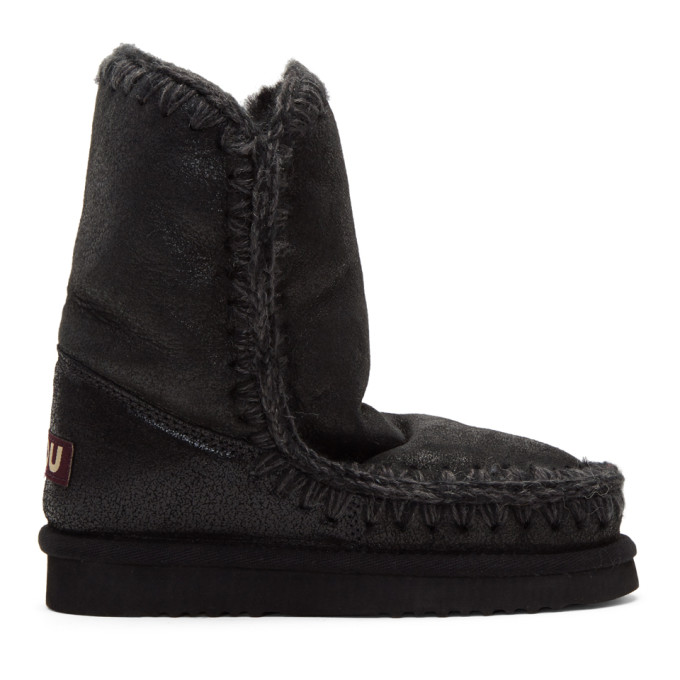 mou female mou black cracked eskimo 24 boots