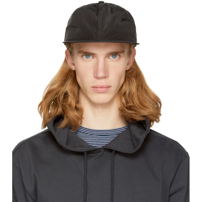 Image of paa Black Pleat Cap