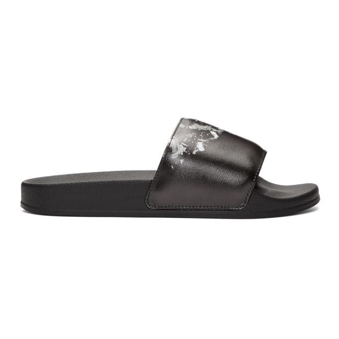 Image of Marcelo Burlon County of Milan Black Camouflage Wing Slides
