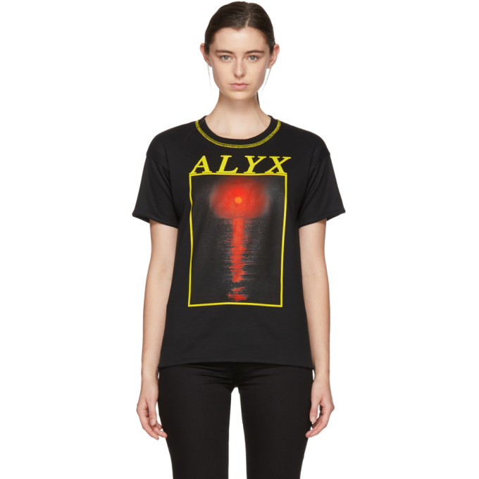 1017 ALYX 9SM Reversible Black Red Sun T Shirt 181776F11002303