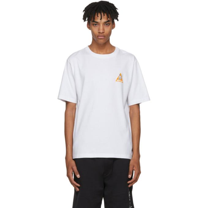 Unravel White Skull Skate T-Shirt
