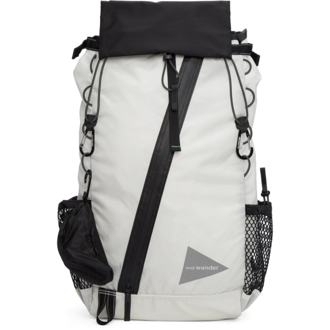 and Wander Sac à dos convertible blanc 30L Front Pouch