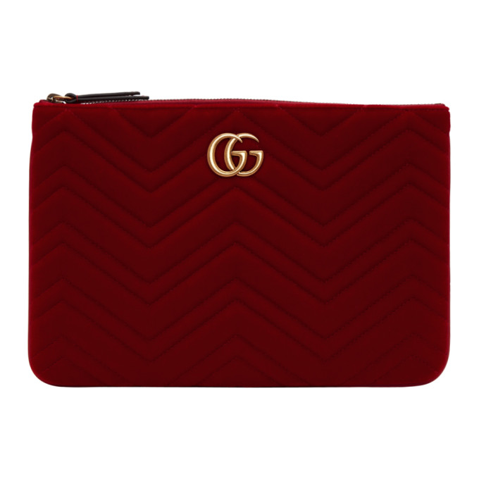 Gucci Red Velvet Gg Marmont 2.0 Pouch in 6433 Red