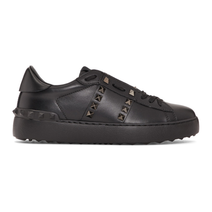 Valentino Black Valentino Garavani 'Rockstud Untitled 11' Sneakers
