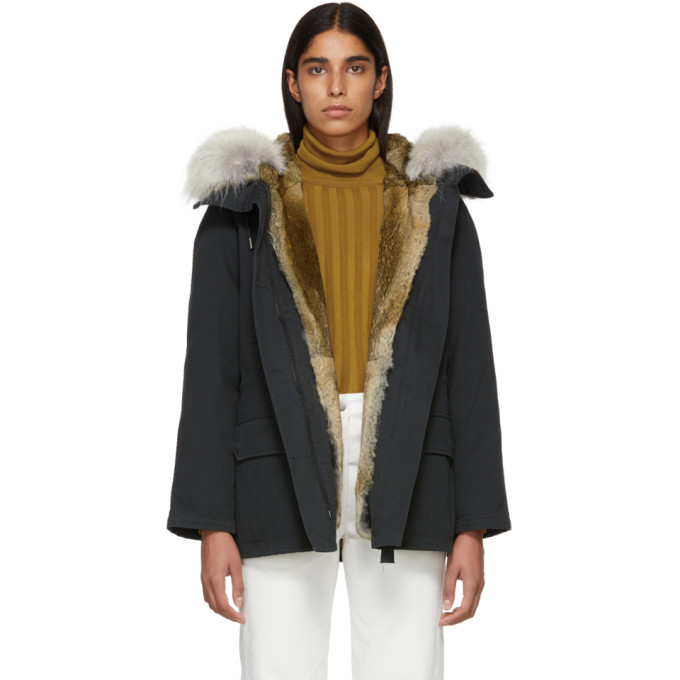 Image of Yves Salomon - Army Black Classic Short Fur-Lined Parka