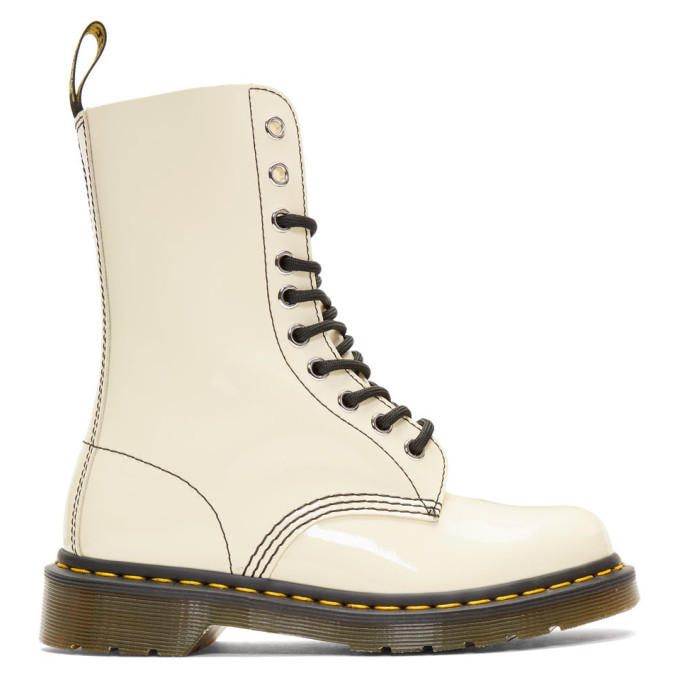X Dr. Martens Leather Ankle Boots in 260 Beige