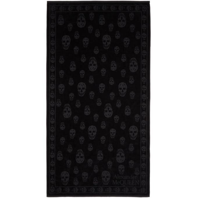 ALEXANDER MCQUEEN | Alexander McQueen Black Skulls Towel | Goxip